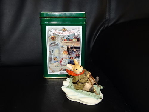 Villeroy & Boch Foxwood Tales Figur: Winter at Foxwood / Rue rabbit - Fun in the snow - in OVP