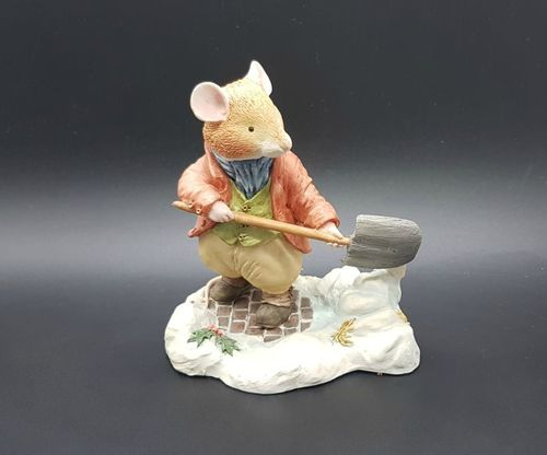 Villeroy & Boch Foxwood Tales Figur Winter at Foxwood: Mr. Mouse mit Schippe